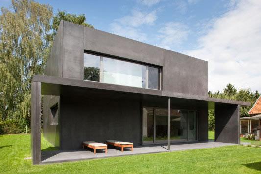 Kleines schwarzes aus beton for Beton haus bauen