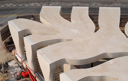 mus e jean cocteau in menton f wellenf rmige wandscheiben aus beton als tragpfeiler objekte. Black Bedroom Furniture Sets. Home Design Ideas
