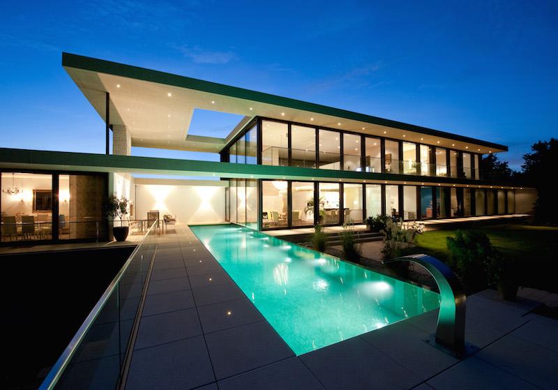 Villa am lech haus b in landsberg sch ner wohnen in for Modernes haus villa