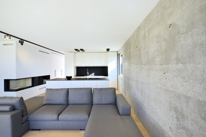 einfamilienhaus in aiterbach minimalistischer monolith aus beton objekte. Black Bedroom Furniture Sets. Home Design Ideas