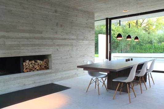 Fenster Holz Nach Ausen Offnend ~ Einfamilienhaus in Braunschweig Querum  Beigefarbener Sichtbeton mit
