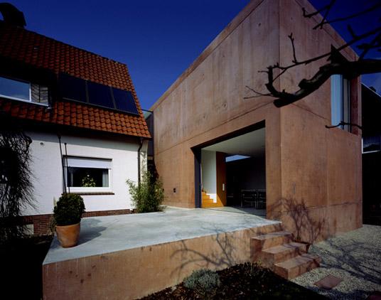 haus d in o erweiterung eines wohnhauses mit carport objekte. Black Bedroom Furniture Sets. Home Design Ideas