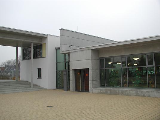 Grundschule am schwarzen berge in braunschweig rampe als for Architektur rampe