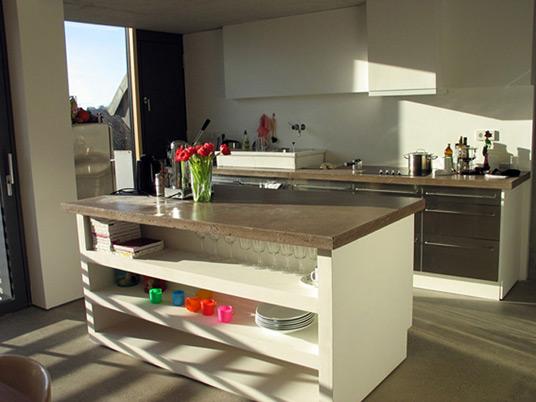 dachaufbau in hamburg treppe und m bel aus beton objekte. Black Bedroom Furniture Sets. Home Design Ideas
