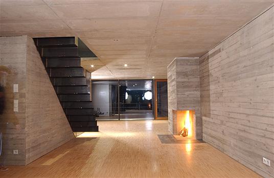 st dtisches reihenhaus mit gewerbe kristall in t bingen zwei familien bauen sich ein. Black Bedroom Furniture Sets. Home Design Ideas