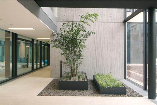 erweiterung der kreissparkasse in ludwigsburg. Black Bedroom Furniture Sets. Home Design Ideas