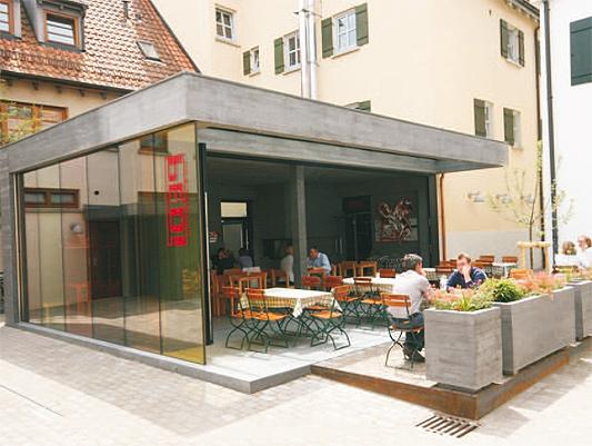 Anbau pedi in biberach gastronomie in anthrazit for Architekt gastronomie