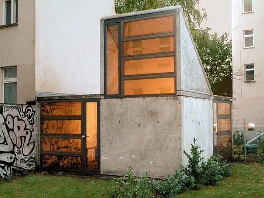 plattenpalast in berlin wbs 70 zum kleinsthaus recycelt objekte. Black Bedroom Furniture Sets. Home Design Ideas