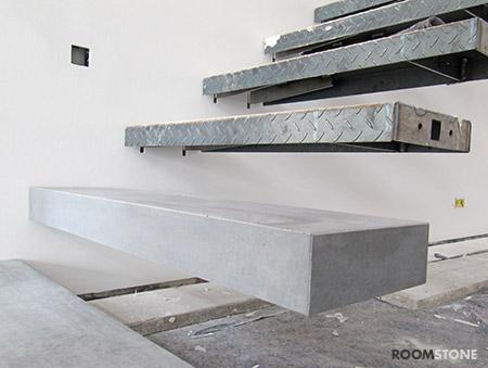 roomstone fertigteilstufen aus sichtbeton. Black Bedroom Furniture Sets. Home Design Ideas